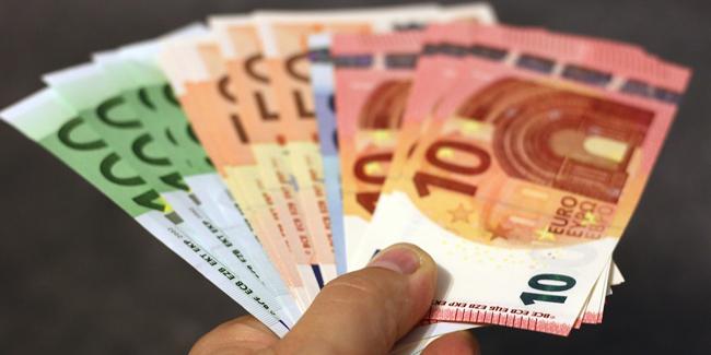 Pour emprunter 275 000 €, quel salaire faut-il (célibataire ou couple) ?